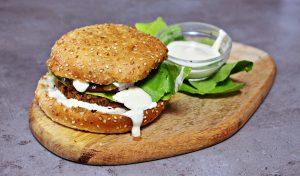 Oproštajka ili vege burgeri s veganskom majonezom