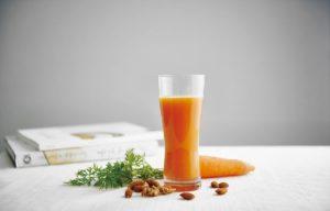 Jednostavni sok od mrkve